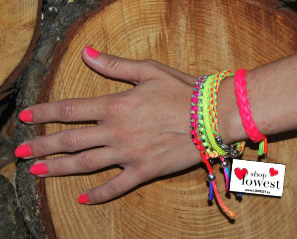 tendencia de moda en pulseras para el verano
